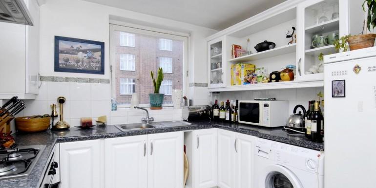 kitchen lo