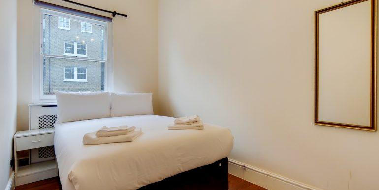 7_Master Bedroom-1