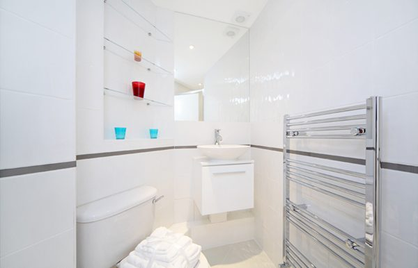 133MAA Bath